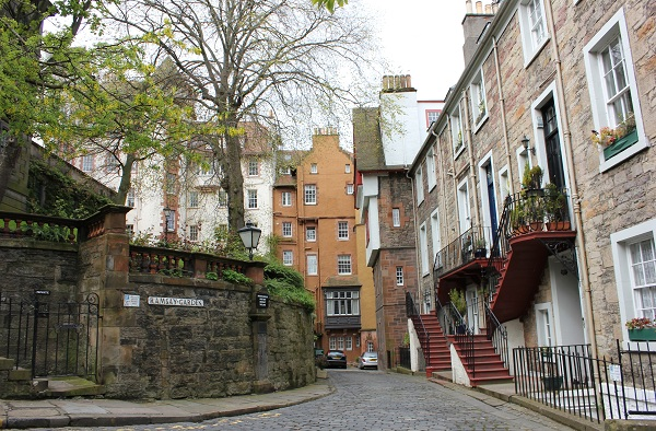Apartments just off the Royal Mile in Edinburgh Scotland