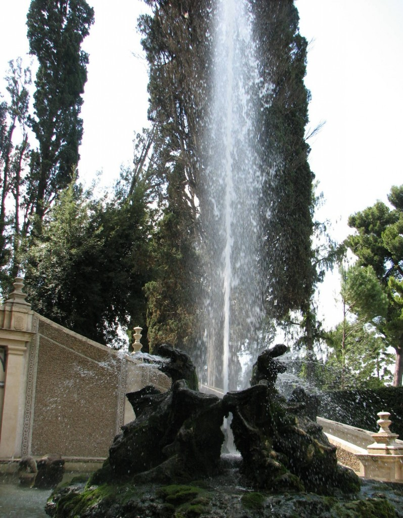 The Dragons Fountain at Villa D'Este